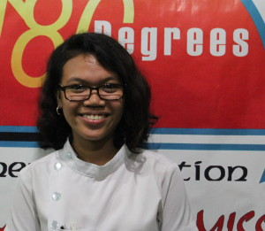 JENEAN GALAN, SOPRANO, 19 Caloocan City Dream in life:  To be a doctor Philippians 4:13